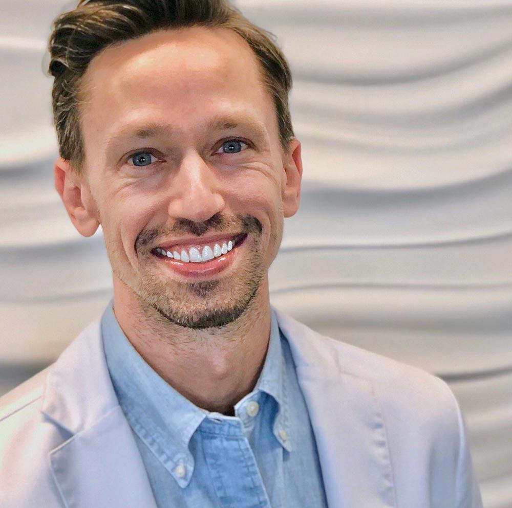 Chiropractor Burnsville MN Ryan Hetland