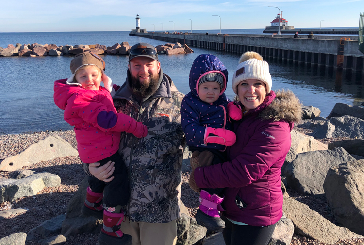 Chiropractor Inver Grove Heights MN Jonathan Sampson and Family